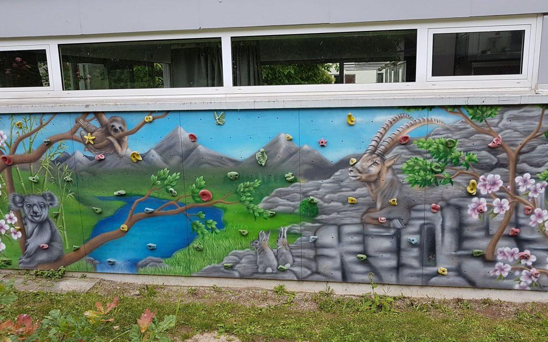 Kindergarten Kletterwand